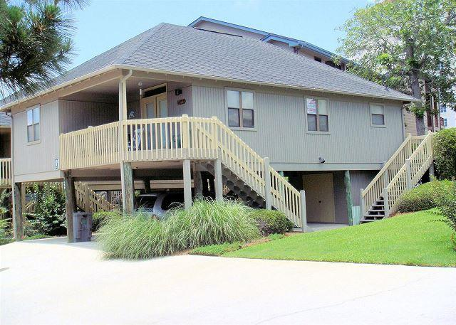 Spectacular Location, Beautiful Property with a Pool at Guest Cottages - Myrtle Beach SC - Image 1 - Myrtle Beach - rentals