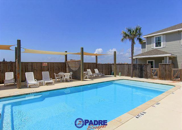 Great pool area for enjoying time with family and friends - Brand New 3/2 Townhouse with Heated Pool & close to the Beach - Corpus Christi - rentals