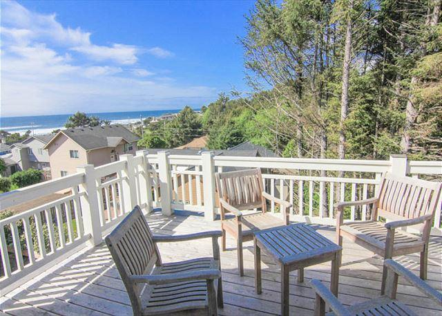 Brand new custom beach home with great ocean views and easy beach access - Image 1 - Lincoln City - rentals
