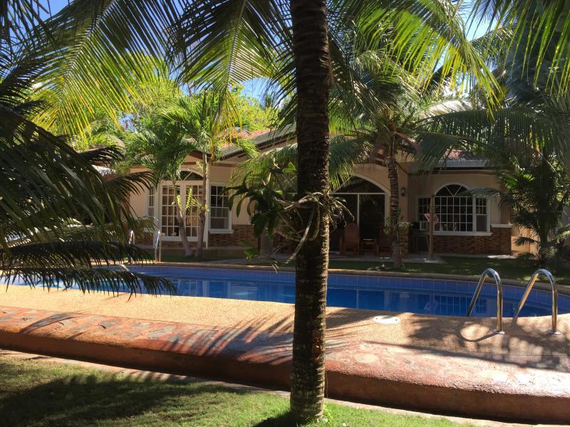 Bohol Vacation House/Swimmin Pool - Image 1 - Panglao - rentals