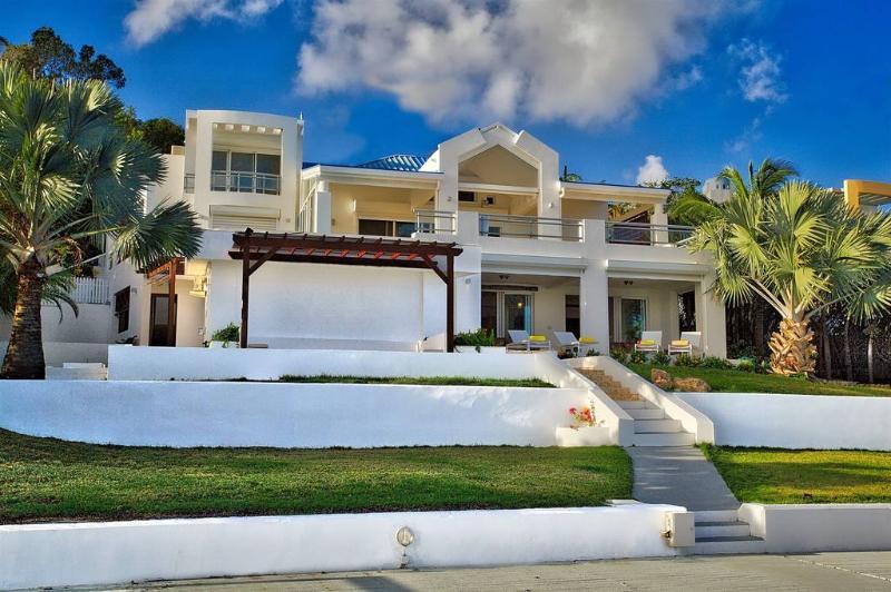 Amaryllis - Simpson Bay Lagoon, St. Maarten - Image 1 - Cole Bay - rentals
