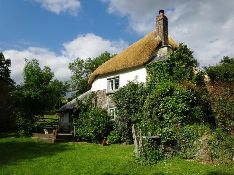 Honeyford Cottage - Image 1 - Exeter - rentals
