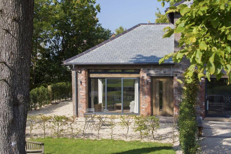 Grooms Cottage - Image 1 - Talaton - rentals