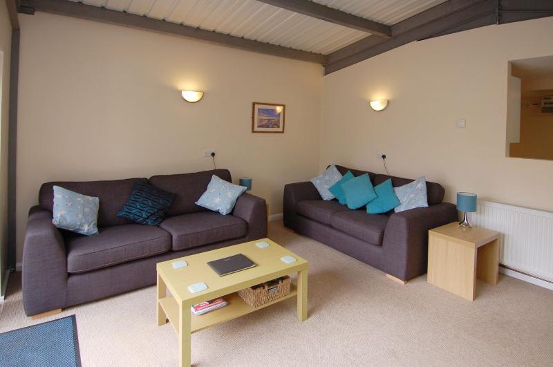 Brookfield Lodge - Image 1 - Seaborough - rentals