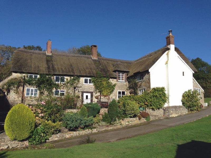 Quakers - Image 1 - Dalwood - rentals