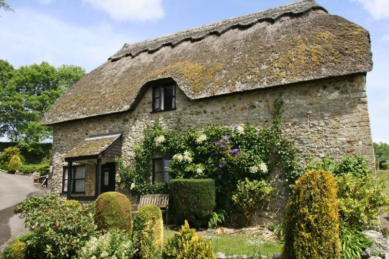 Chaffinch - Image 1 - Dalwood - rentals