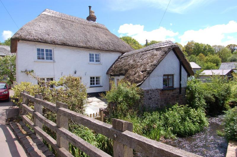 Riverside Cottage - Image 1 - Crediton - rentals
