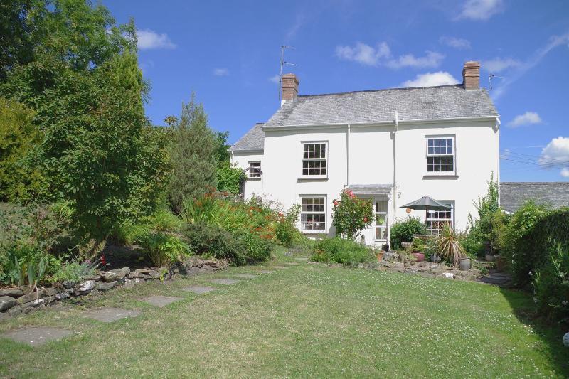 Garden Cottage - Image 1 - Bideford - rentals
