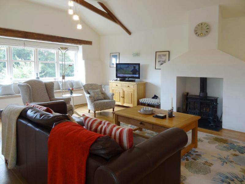 Crosscombe Barn - Image 1 - Loddiswell - rentals