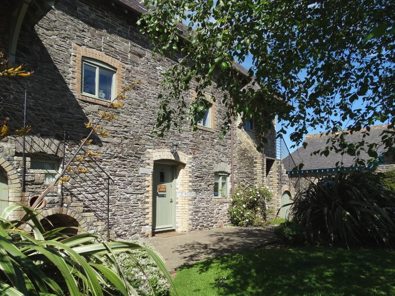 St Aubyn House - Image 1 - Noss Mayo - rentals