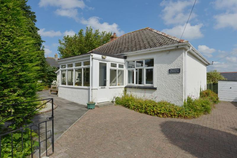 Tregonna Bungalow - Image 1 - Wadebridge - rentals