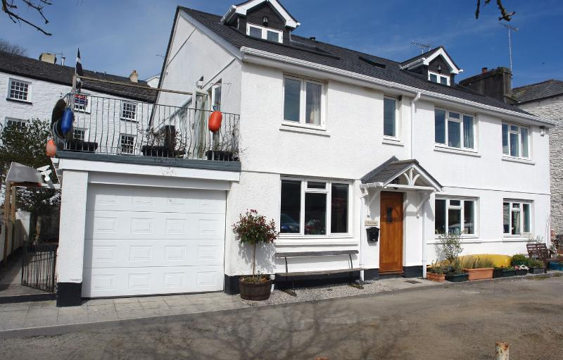 1 River Cottage - Image 1 - Calstock - rentals