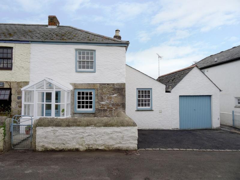 2 Trerise Cottage - Image 1 - Helston - rentals