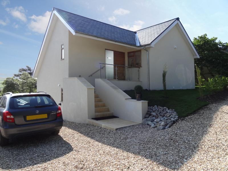 Pippin - Image 1 - Charmouth - rentals