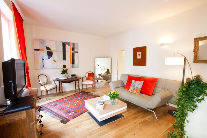 St Germain de Pres Vacation Rental at Mabillon - Image 1 - Paris - rentals