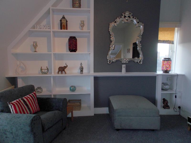 Lounge - FLAT C EASTRY , THIRD AVENUE - Frinton-On-Sea - rentals