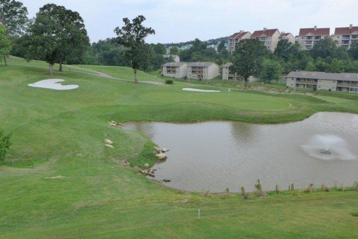 Private Deck View of Golf Course-Watch for the Birdies!! - Great Pointe Royale Walk-In One Bedroom Overlooking 10th Green - Branson - rentals