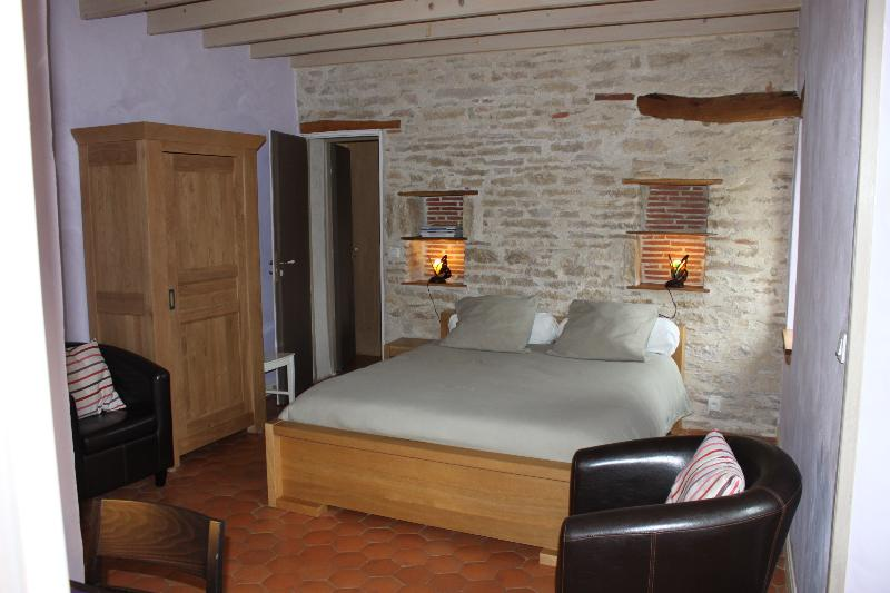"Chambre ""lilas"" - bed and breakfast  "" les agnates"" - Flagey-Echézeaux - rentals"