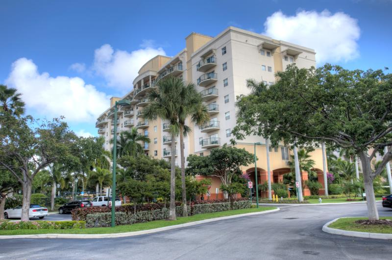 Wyndham Palm Aire Resort (2 bedroom condo) - Image 1 - Pompano Beach - rentals