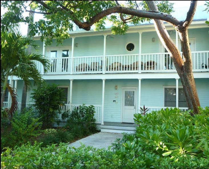 Front entrance, ground floor, large nicely landscaped front yard. Large porch - Beautiful, Oversize 2BR/King Beds w/ Large Outdoor Spaces, Location! Truman Annx - Key West - rentals