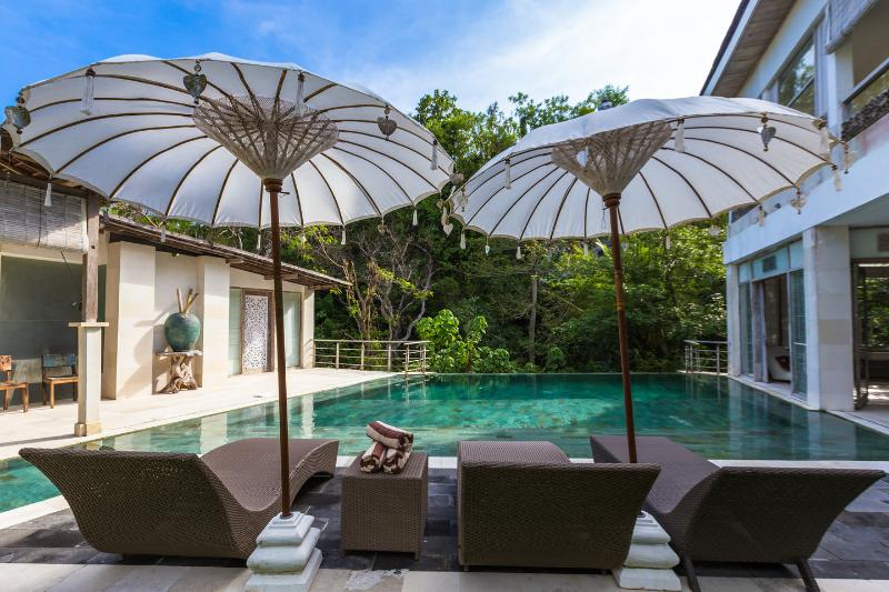 The Pool - 9BR CASAVIVA SUNSET ESTATE SLEEPS 21 STARTS US$649 - Jimbaran - rentals