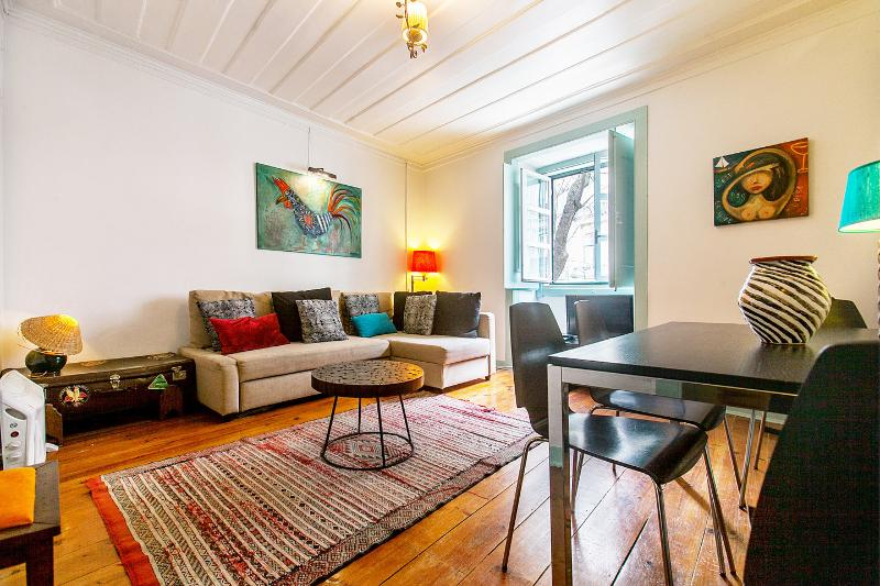 Living Room - Trendy Bairro Alto - Lovely Principe Real - Lisbon - rentals
