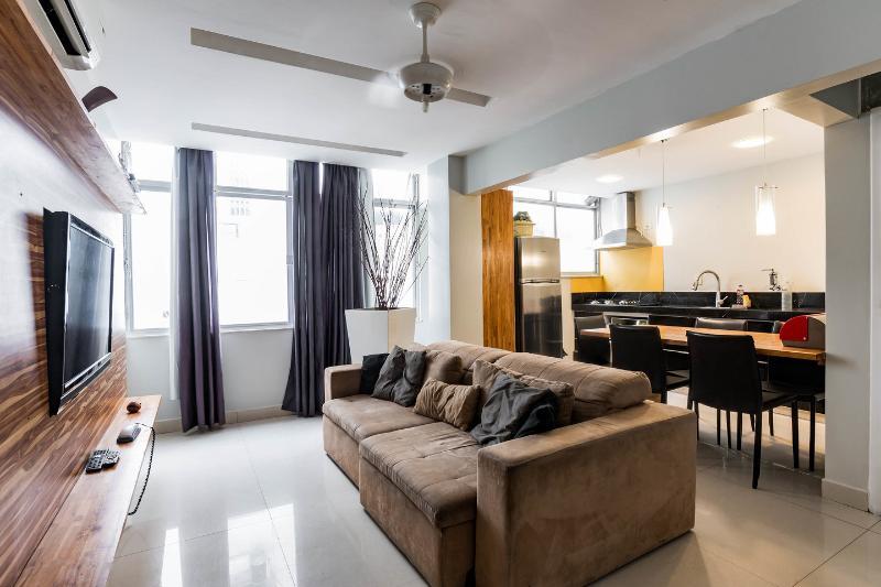 Living Room - penthouse 3 room 4 bath jacuzi air cond wifi beach - Rio de Janeiro - rentals