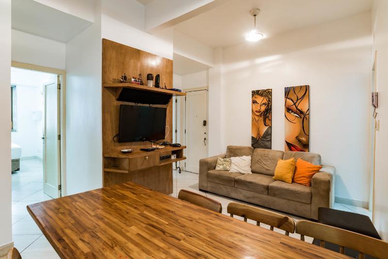 Living Room - 3 rooms, 3 bathrooms apt in Ipanema beach - Rio de Janeiro - rentals
