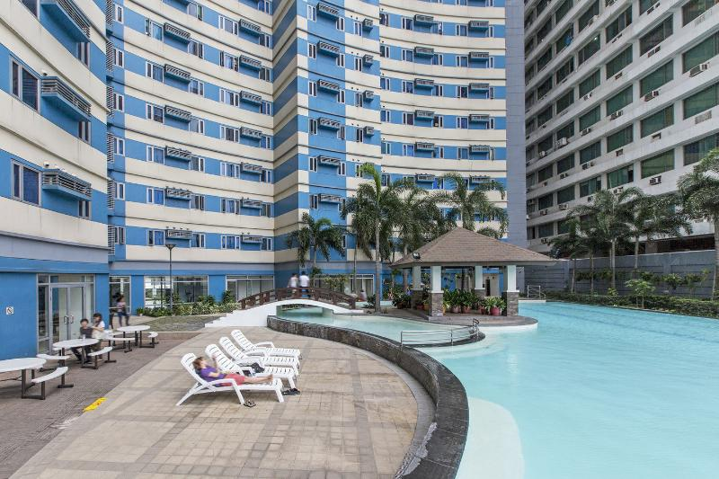 The Pool - Your Two Bedroom Vacation Home in Manila - Manila - rentals