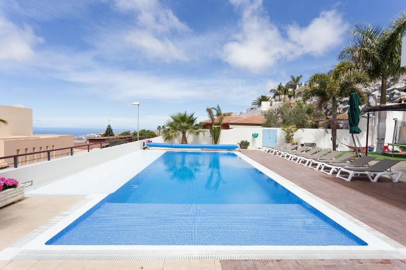 The Pool - 6 Bedroom Private Villa With Garden & Heated Pool - Adeje - rentals