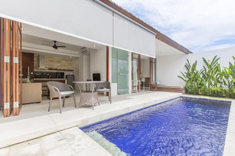 The Pool - Bali, Smart Comfort Villa Style Apartment, Sanur - Denpasar - rentals