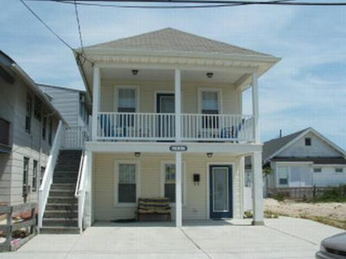803 St James Place 1st Floor 132201 - Image 1 - Ocean City - rentals