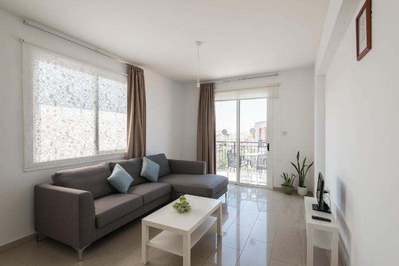 Living Room - Valentinos Apartments - Paphos - rentals