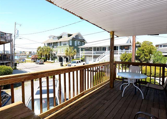 Seawinds Unit B -  Comfortable and relaxing sound view condo close to downtown - Image 1 - Wrightsville Beach - rentals