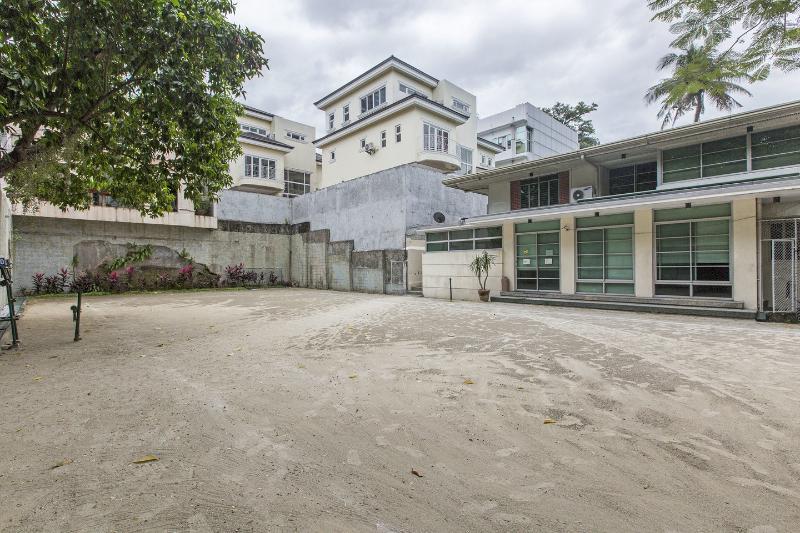 Court - Broadway Court Apartelle in Manila Philippines - Manila - rentals