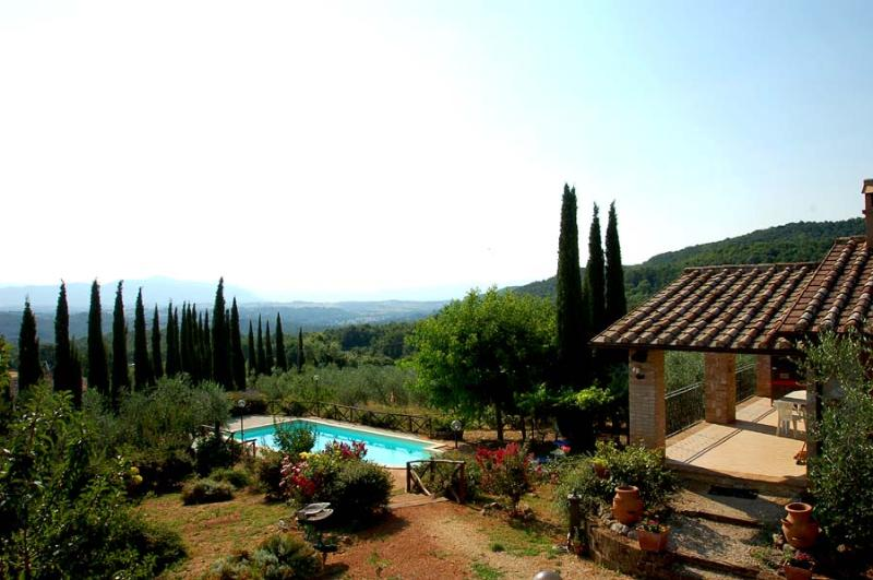 Detached house with private pool and garden. - Image 1 - Castel dell?Aquila - rentals