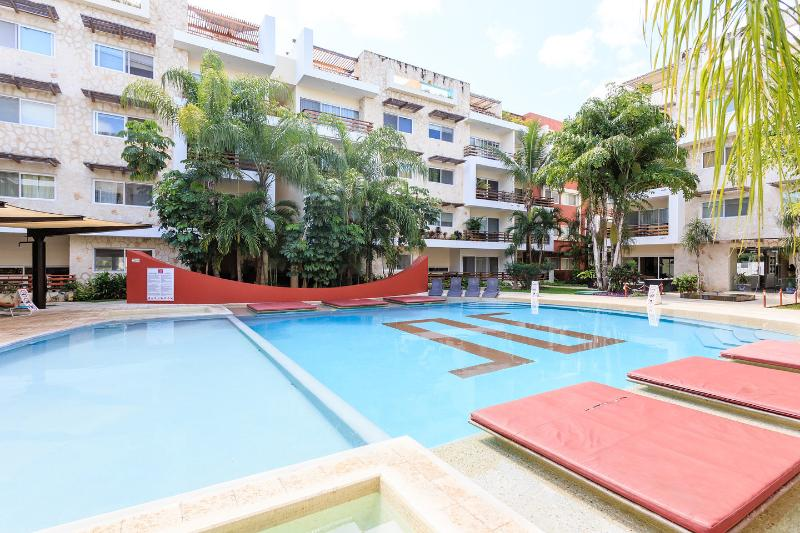 One of the nicest pools in Playa. Includes a shallow end for children. - STUNNING SABBIA CONDO, JUST STEPS TO THE BEACH - Playa del Carmen - rentals