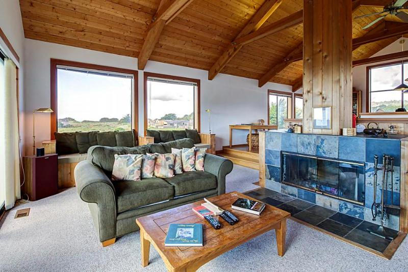 Sea Ranch home w/ separate cottage and hot tub plus shared pool - Image 1 - Sea Ranch - rentals