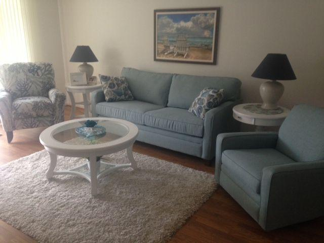 Living Room - PERFECT ISLAND LOCATION....Walk to the beach ....cozy and Guest Ready! - Marco Island - rentals