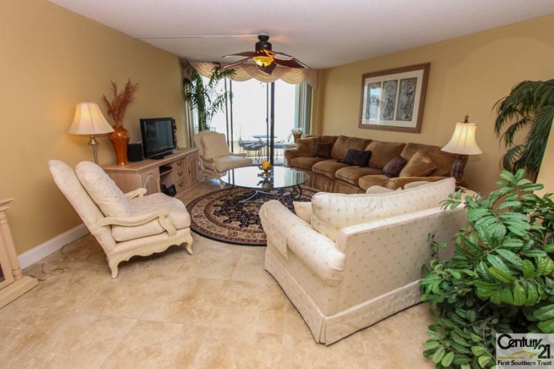 Living Room - SST3-1904 - South Seas Tower - Marco Island - rentals