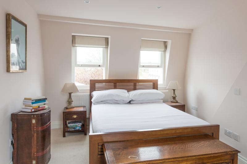 One Fine Stay - Dalling Road II apartment - Image 1 - London - rentals