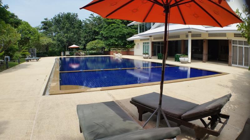 Condos for rent in Hua Hin: C6164 - Image 1 - Hua Hin - rentals
