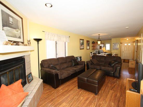 2-Bed 2-Bath Walk to Downtown Frisco -- A Short Drive to Copper, Breck, Keystone, and A-Basin - Image 1 - Frisco - rentals