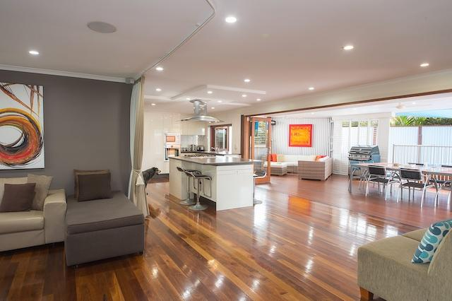 Open plan living area and kitchen a lovely home to entertain family and friends. - Barney's Place your holiday home with heart!! - Mermaid Waters - rentals