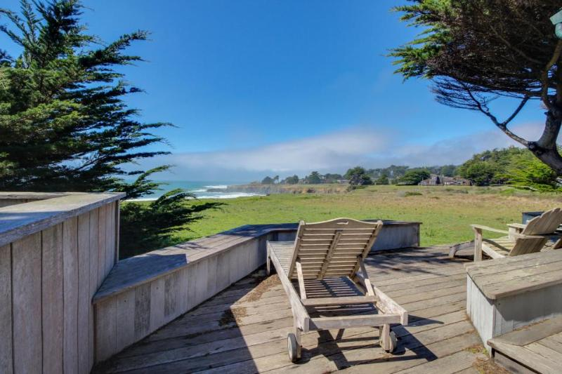 Oceanfront home with hot tub, deck, shared pool access, & dog-friendly too! - Image 1 - Sea Ranch - rentals