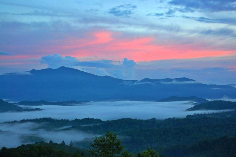 Stunning VIEWS from our Porch at 3400' elevation - UNIQUE Architect's Cabin, MILLION DOLLAR VIEWS - Blowing Rock - rentals