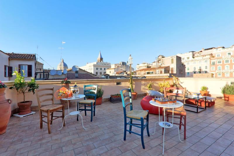 Rooftop terrace - Up to 105Euro/nt! Hot Deal! Stunning rooftop terrace in the True Heart of Rome - Rome - rentals