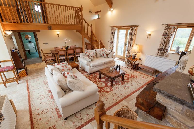 Living Room - Elm Park Barn, Near Bristol and Bath - Bristol - rentals