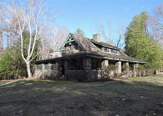 Storybook Winnipesaukee Waterfront Stone Cottage - Image 1 - Meredith - rentals