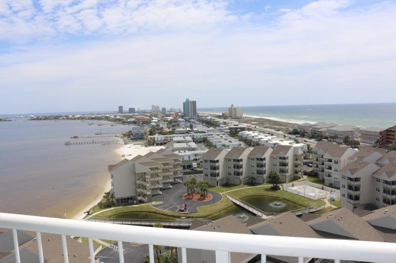 Views, Views, Views!!!!! - Three bedroom for less than the price of a two bed - Gulf Breeze - rentals